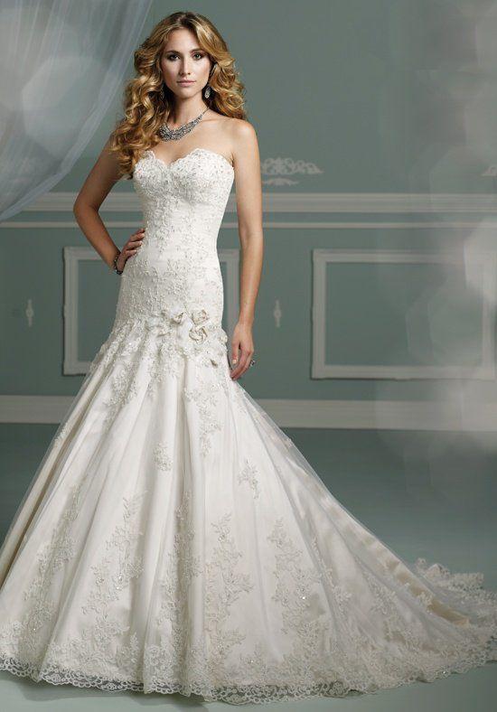 HUGE Designer Wedding Dress Sample Sale - July 21-28 | GARNET + ...