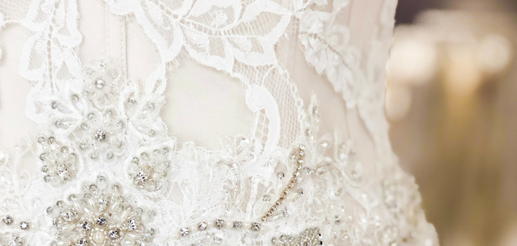 3 Reasons to Buy an Off the Rack Wedding Dress