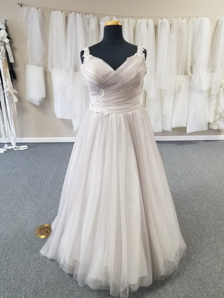 unique plus size wedding dress los angeles